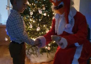 Ziemassvētki nenāk no noplēstas kalendāra lapiņas…